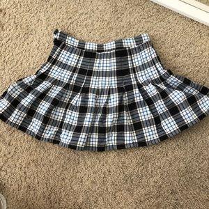 school girl y2k blue & grey plaid tennis skirt (s)